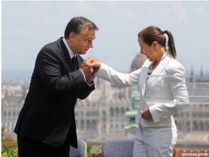 Orban with US embassador