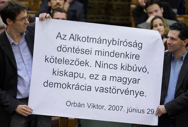 A reminder that there were times when Viktor Orbán considered the rulings of the Constitutional Court the iron-clad rule of democracy. No more such performances in Parliament