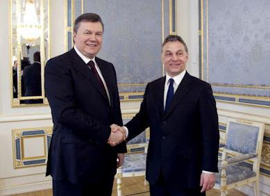 Viktor Yanukovych and Viktor Orbán in March 2012 during a short visit to Kiev