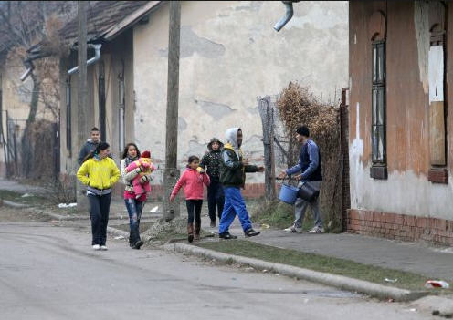 Miskolc street scene in the district to be raised soon to give place to a stadium/minap.hu