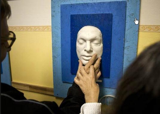 Viktor Orbán's mask in the Institute for the Blind
