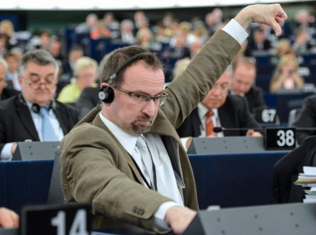 A typical Fidesz warrior: József Szájer in the European Parliament
