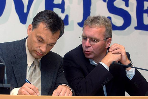 This was a long time ago: Viktor Orbán and Zoltán Pokorni in 2004